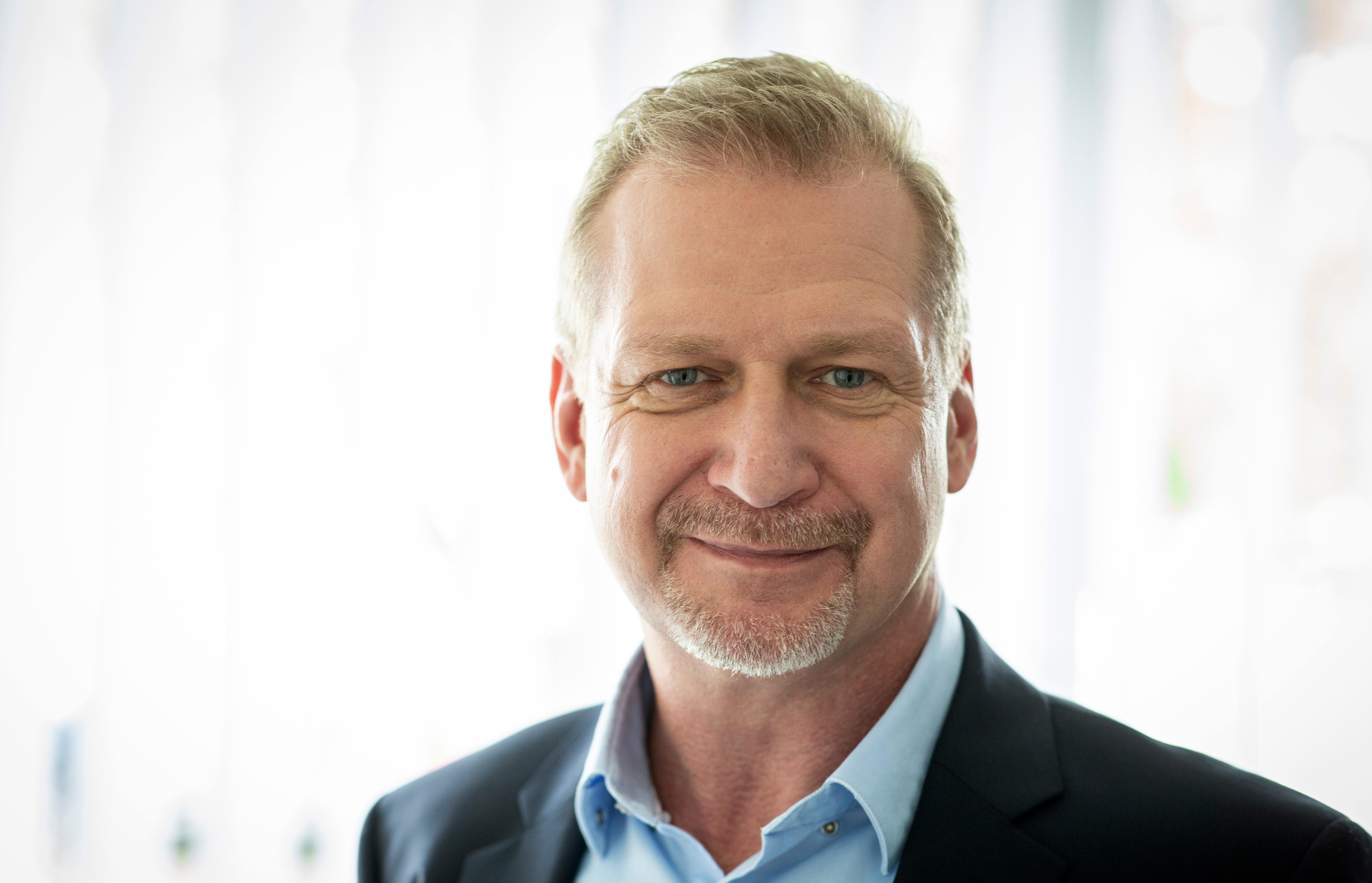 Dr. Christoph Kerner